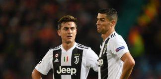 Paulo Dybala (kiri) dan Cristiano Ronaldo berseragam Juventus. (Metro)