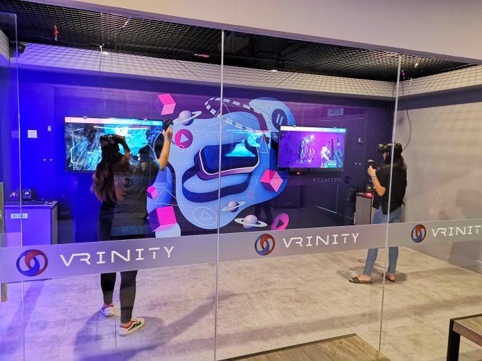 Perusahaan KT Corp (Korea) telah membuka satu satunya cabang pertama di luar Korea untuk arena permainan virtual reality mengunakan teknologi 5G, bernama VRinity.(suryakepri.com/ist)