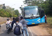 Foto Kecelakaan Motor Terlindas Trans Batam (photo:suryakepri,com Cak Ali)