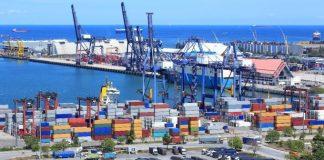 Pelabuhan Batu Ampar Batam. Pintu keluar barang terbanyak dari Pulau Batam. (koreksi.id)