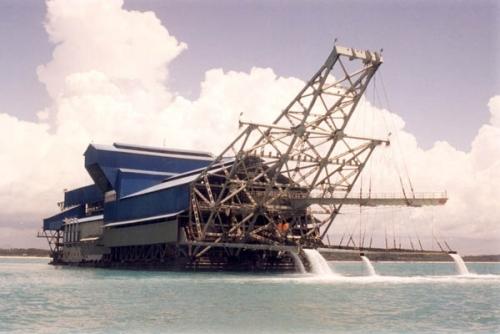Ilustrasi kapal keruk timah. (ist)