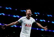 Harry Kane merayakan gol kedua ke gawang Olympiakos, sekaligus golnya yang ke-20 di kompetisi Liga Champions. (Sumber: Twitter Tottenham)