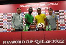 Bek tengah Indonesia, Yanto Basna (baju hijau) saat jumpa pers jelang pertandingan kontra Malaysia. (Foto: PSSI)