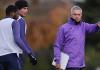 Jose Mourinho memimpin latihan perdananya sebagai manajer Tottenham Hotspur, Rabu (20/11/2019) Sumber: Twitter Tottenham