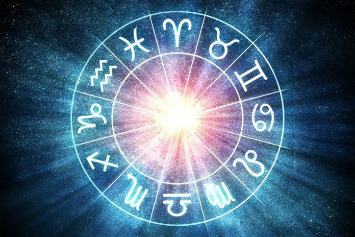 Ramalan Zodiak Besok Senin 8 Juni 2020 (Foto: Freepik.com)