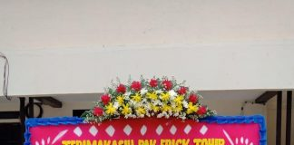 Karangan bunga dari Ikatan Awak Kabin Garuda Indonesia (Foto: WA Group)