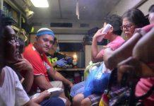 Ratusan orang di Filipina dilarikan ke rumah sakit akibat keracunan minuman tradisional lambanog. (Foto: AFP/Ted Aljibe via channelnewsasia)