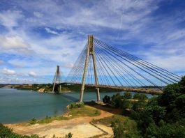 Jembatan Barelang, ikon pariwisata Kota Batam. Seluruh kawasan pariwisata Barelang akan ditutup selama 21 hari, mulai 10 Juli sampai 1 Agustus 2021 mendatang terkait penerapan PPKM Mikro yang sekarang telah berubah status menjadi PPKM Darurat. (Suryakepri.com)
