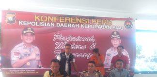 PR Warga Negara Malaysia yang merekrut Pekerja Migran Indonesia melalui medsos tanpa izin yang diamankan Direskrimum Polda Kepri. (Foto: Suryakepri.com/Alle)