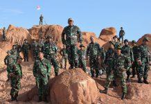 Danlanud RHF Kolonel Pnb Andi Wijanarko foto bersama dengan prajuritnya saat latihan hanmars (Suryakepri.com)