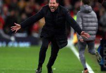 Reaksi Diego Simeone saat Atletico Madrid melawan Liverpool pada Leg II 16 Besar Liga Champions di Stadion Anfield, Rabu (11/3/2020). Sumber Foto Squawka