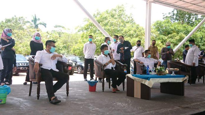 Rapat Bersama Seluruh unsur Musyawarah Pimpinan Daerah (Muspida) Kota Batam, Selasa (31/03/2020). (Foto: Suryakepri.com/Nando)