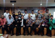 Ketua Bawaslu Kota Tanjungpinang Muhamad Zaini hadiri pelantikan PKD Kecamatan Bukit Bestari bersama Camat dan stakeholder lainnya di Hotel Bintan Plaza (Suryakepri.com/istimewa)