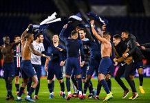 Para pemain PSG bergembir usai memastikan lolos ke peremp[atfinal Liga champions 2019/2020. (Foto: Twitter PSG)