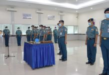 Komandan Pangkalan Utama TNI AL (Danlantamal) VIII Brigadir Jenderal TNI (Mar) Donar Philip Rompas memimpin Serah Terima Jabatan (Sertijab) empat Kepala Dinas (Kadis) di lingkungan Lantamal VIII.