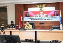 Sekretaris Daerah Provinsi Kepulauan Riau (Kepri) H TS Arif Fadillah saat Video Conference bersama Duta Besar RI untuk Singapura beserta perwakilan dari Temasek Foundation, Selasa (21/04/2020).