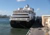 Kapal pesiar MS Zaandam bersandar di pelabuhan di Florida, AS. (Foto dari Business insider)