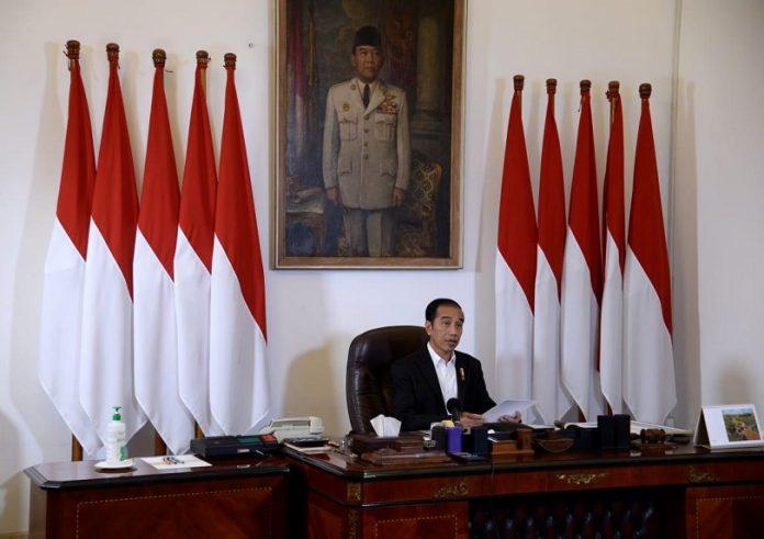 Presiden Joko Widodo di Istana Merdeka, Jakarta, Kamis (9/4/2020). (Foto: Setneg)