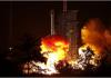 Roket pembawa Long March-3B meledak setelah dilunurkan dari Pusat Peluncuran Satelit Xichang di Provinsi Sichuan pada bulan November. Peluncuran serupa pada hari Kamis, yang membawa satelit milik Indonesia, berakhir dengan kegagalan. (Foto: Xinhua)