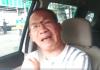 sopir taksi bernama Ari Manorek membuat rekaman video, berbicara sambil menangis, memohon kepada Presiden Jokowi agar mobil yang menjadi tumpuan penghasilan bagi keluarganya tidak ditarik oleh leasing. (Foto: screeshot)