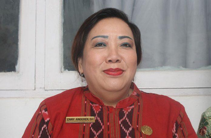 Ketua DPRD Alor ntt, Enny Anggrek (Foto: Tribuana)