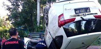 Mobil Calya terbalik dengan posisi roda di atas di wilayah Sekupang-Batuaji, Batam, Kamis (7/5).(suryakepri.com/ist)