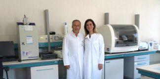 Prof. Caruso and Dr. Caccuri, peneliti dari Universitas Brescia Italia. (Foto dari IBTimes)