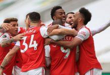 Para pemain Arsenal merayakan gol ke gawang Wolves. (Foto: Premierlegue.com)