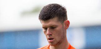 Illan Meslier telah menyelesaikan penandatanganan kontrak tiga tahun bersama Leeds United. (Foto: TALKSport)