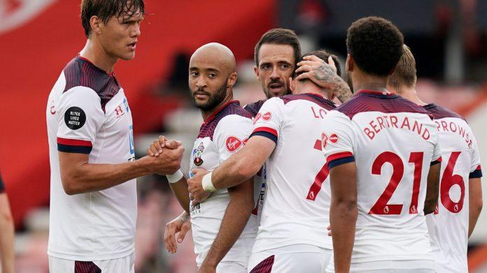 Danny Ings (tengah) bersama rekan-rekannya merayakan gol yang dicetaknya ke gawang Bournemouth pada menit 41. (Foto: Premierleague.com)