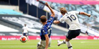 Tembakan kaki kanan Harry Kane yang berbuah gol keduanya saat melawan Leicester City di Tottenham Hotspur Stadium, Minggu (19/7/2020). Gol ini tercipta hanya tiga menit setelah mencetak gol pertama. Spurs menang 3-0 di laga ini. (Foto: Premierleague.com)