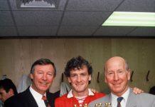 Hughes bermain untuk Man United dalam dua periode terpisah dan meraih berbagai gelar, termasuk dua trofi Liga Premier. (Getty via talkSPORT)