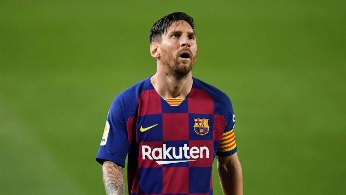 Ikon dan Kapten Barcelona, Lionel Messi, terlihat frustrasi setelah timnya takluk 1-2 dari Osasuna di Camp Nou, Kamis (16/7/2020) atau Jumat dinihari waktu Indonesia. (Foto dari Livescore)