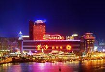 Sands Casino, salah satu pusat perjudian di Macau. Saat ini semua bisnis judi di Macau mengalami kerugian hingga miliaran dollar AS karena sepi penunjung menyusul wabah virus corona. (Foto: Agoda)