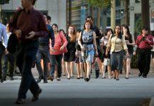 Kementerian Tenaga Kerja (MOM) Singapura, Rabu (29/7/2020), menyebutkan bahwa ada 90.500 penduduk yang menganggur pada Juni 2020, di antaranya 79.600 warga negara. (Foto: Business Times)