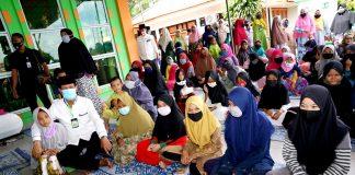 Gubernur Kepulauan Riau, Isdianto menghadiri peringatan Tahun Baru Islam 1 Muharram 1442 Hijriyah Tahun 2020 di Masjid Al-Adam, Kebun Tempang, Pulau Penawar Rindu Belakangpadang, Batam, Kamis (20/8).
