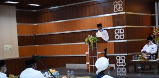 Gubernur Kepulauan Riau, Isdianto menghadiri Silaturahmi Bersama Tokoh Agama, Ormas dan Mubaliq bertempat di Aula Masjid Agung Karimun, Rabu (19/08/2020) petang