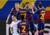 Para pemain Barcelona merayakan gol penalti Luis Suarez yang mengubah skor menjadi Barca 3-0 Napoli. (Foto: Uefa.com)