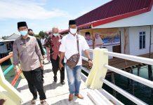 Gubernur Kepulauan Riau H. Isdianto melakukan kunjungan kerja ke tiga pulau sekaligus di pesisir Kota Batam, Kamis (13/8)