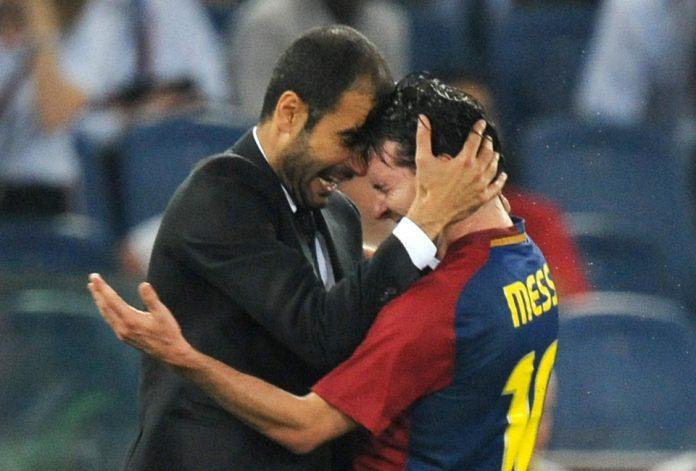 Pep Guardiola bersama Lionel Messi ketika masih bersama di Barcelona. (Foto dari talkSPORT)