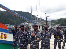 Kapal pencuri ikan berbendera Vietnam saat diamankan TNI Angkatan Laut (Suryakepri.com/ist)