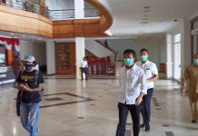 Wali Kota Batam saat mendatangi agenda paripurna di DPRD Kota Batam, Senin (suryakepri.com/fernando)