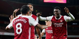 Pemain Arsenal Eddie Nketiah (kanan), merayakannya bersama rekan setimnya usai membawa Arsenal kembali unggul 2-1 atas West Ham United di Emirates, Minggu (20/9/2020) dinihari waktu Indonesia.(Foto: Premierleague.com)