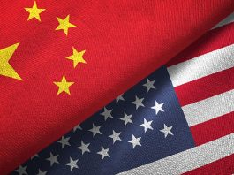 Ilustrasi bendera China dan Amerika Serikat. (Fox Business)