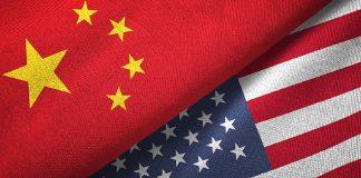 Ilustrasi bendera China dan Amerika Serikat. (Fox Business)