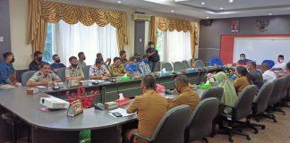Rapat Dengar Pendapat Gabungan di ruang Pimpinan DPRD Kota Batam