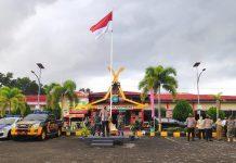 Kapolres Tanjungpinang AKBP Muhammad Iqbal saat memberikan arahan apel gelar pasukan Operasi Yustisi di Mapolres Tanjungpinang (Suryakepri.com)