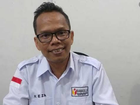 Syailendra Reza, Ketua Bawaslu Batam.