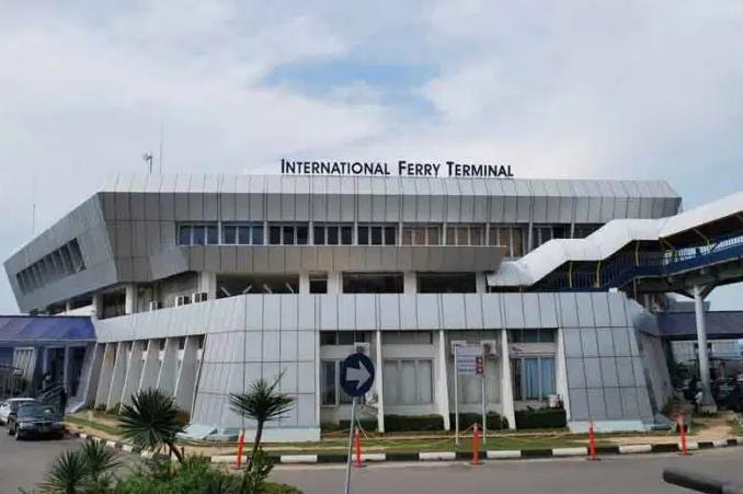 Foto Pelabuhan International Ferry Terminal Batam Center