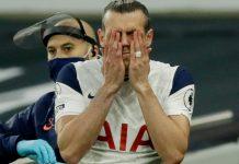 Reaksi Gareh Bale. Jose Mourinho memasukan Gareth Bale pada menit ke-72 menggantikan Steven Bergwijn, namun pemain pinjaman dari Real Madrid ini tidak memberikan kontribusi positif bagi timnya. (Foto: Premierleague.com)